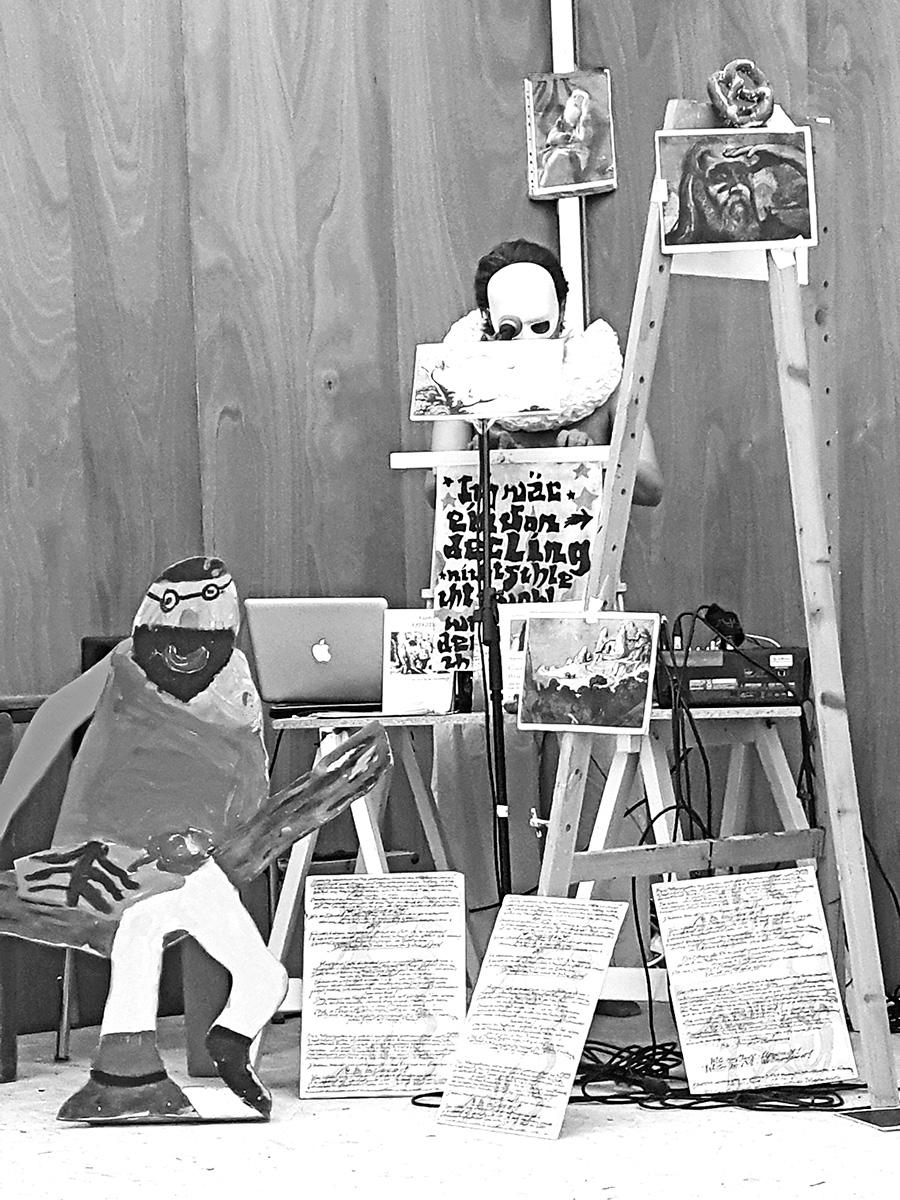 DER FAHRENDE RAUM   Performance Camillo Grewe in Zusammenarbeit mit Alex Wissel, Performatives Gusto Gräser Kinder-Archiv, Der Fahrende Raum, 2017 -