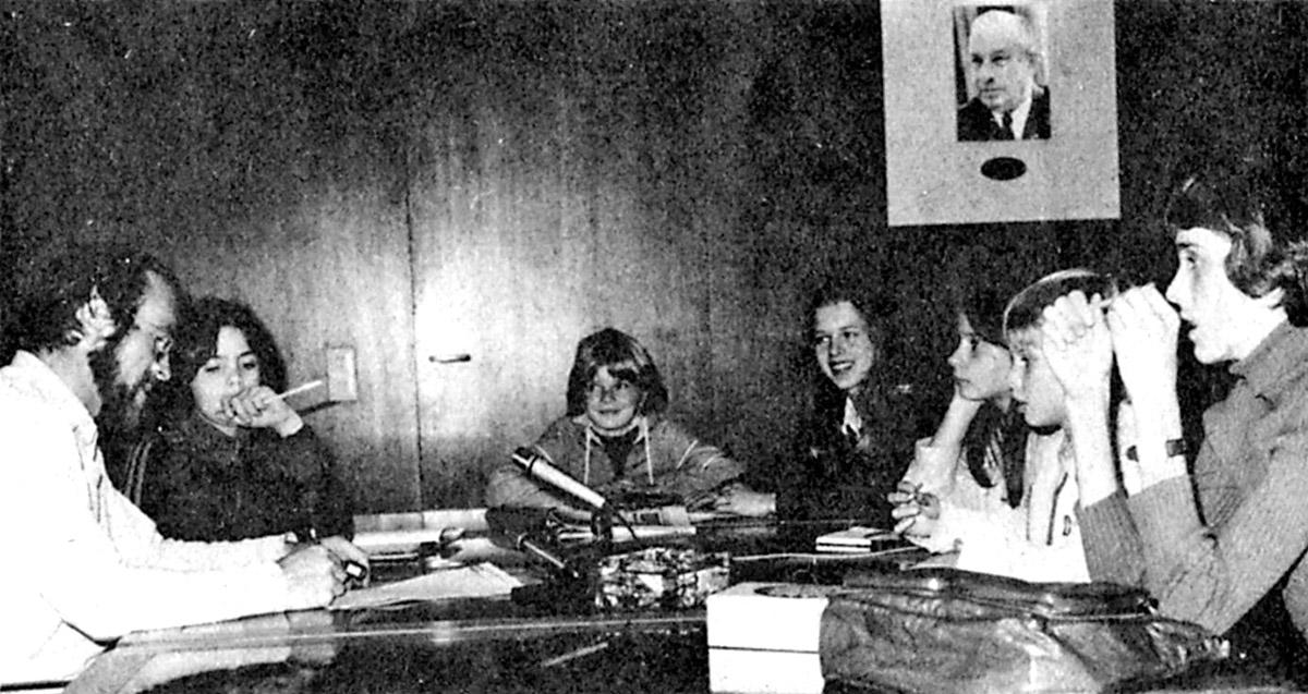 DER FAHRENDE RAUM | Karussellzeitung, Redaktion, 1980 und Karussellzeitung bei der AZ 1980. -