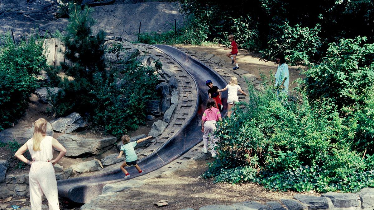 DER FAHRENDE RAUM | Billy Johnson Playground courtesy Paul Friedberg and the Central Park Conservancy -